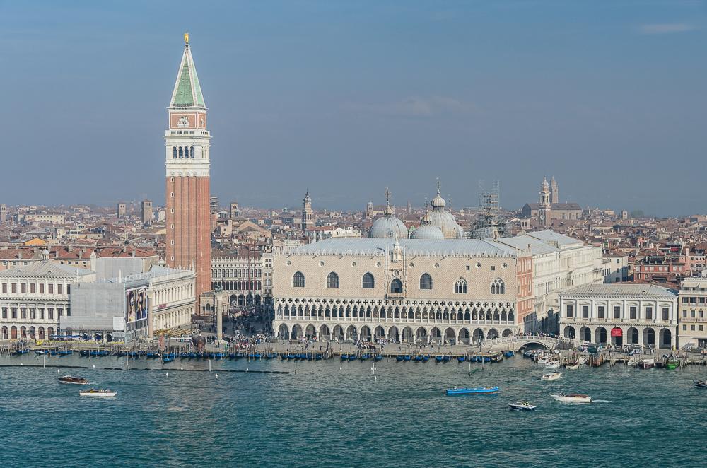 Blick von der Isola di San Giorgio auf die Piazza San Marco